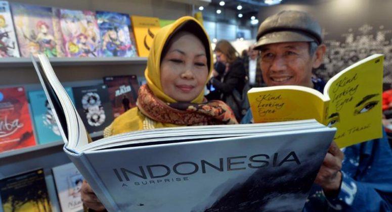 Literature of Indonesia