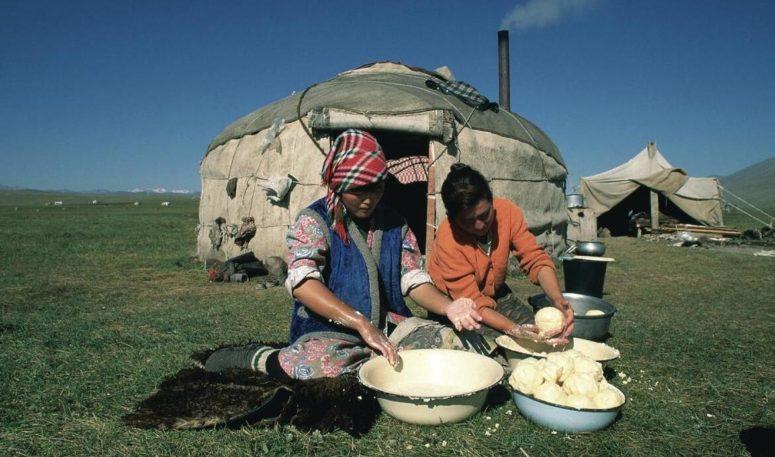 Nomads cook